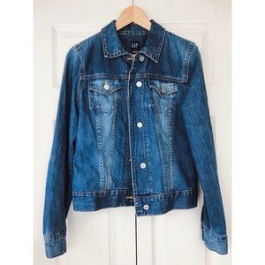 GAP Denim Jean Jacket size medium